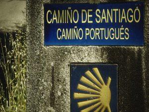 2016-07-13-Miles-de-peregrinos-inician-en-Tui-el-Camino-de-Santiago2